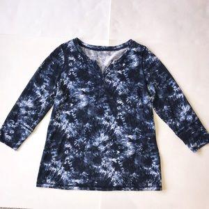 Relativity medium women's navy blue shirt